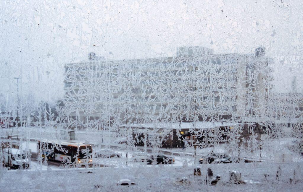 Rund um den Hauptbahnhof bei Nebel und Schnee