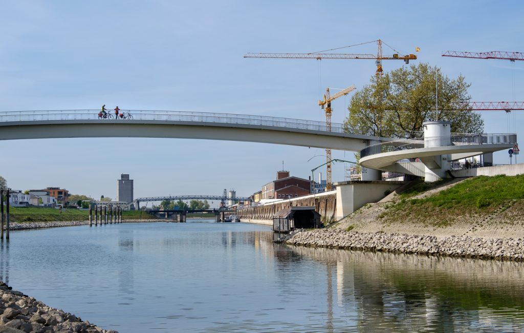 Kurzer Spaziergang am Rhein