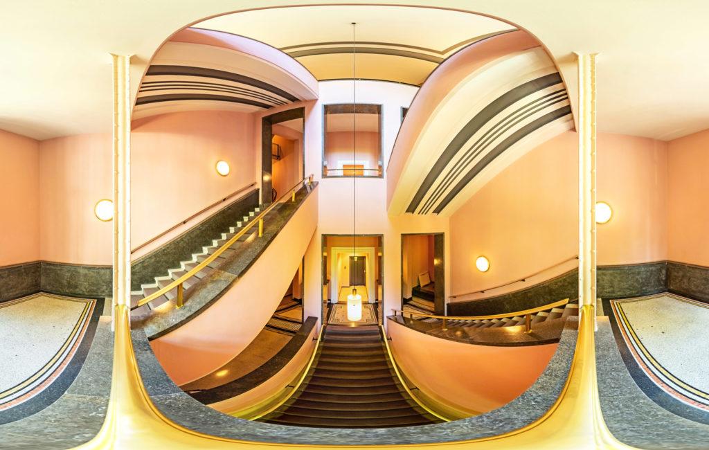 Panorama-Experimente im Treppenhaus